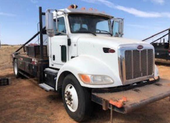 2014 Peterbilt Roustabout Truck