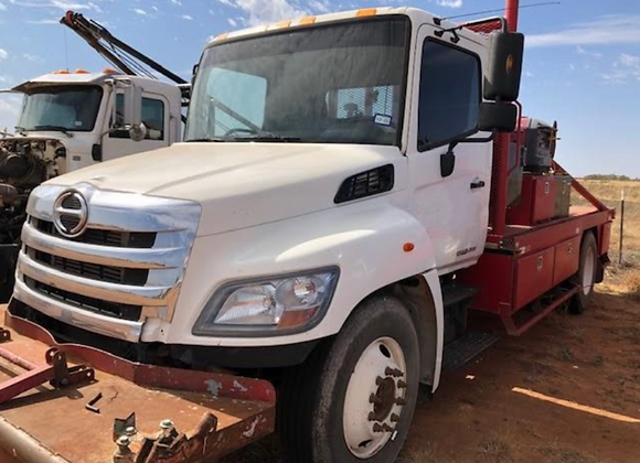 2014 Hino 268 Roustabout Truck