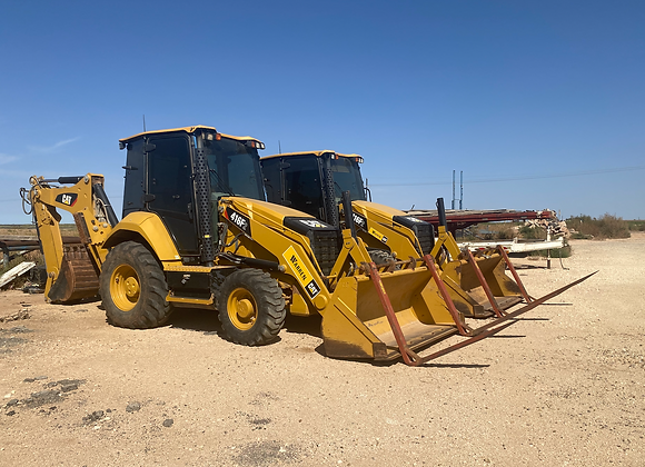 (2) 2018 CAT Backhoes