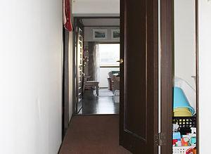 施工事例「マンション」佐世保市大宮-廊下(施工前)