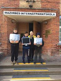 Monitori Latvijas internātskolām 2017