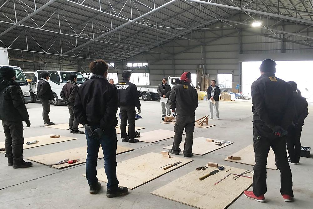 佐賀県職業能力開発協会の佐賀県技能振興コーナー「ものづくりマイスター活用事業」第一日目が、2月16日に朝日I&Rワークス本社にて行われました。