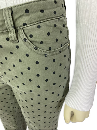 CONNECT THE DOTS  FOR A PERFECT LOOK