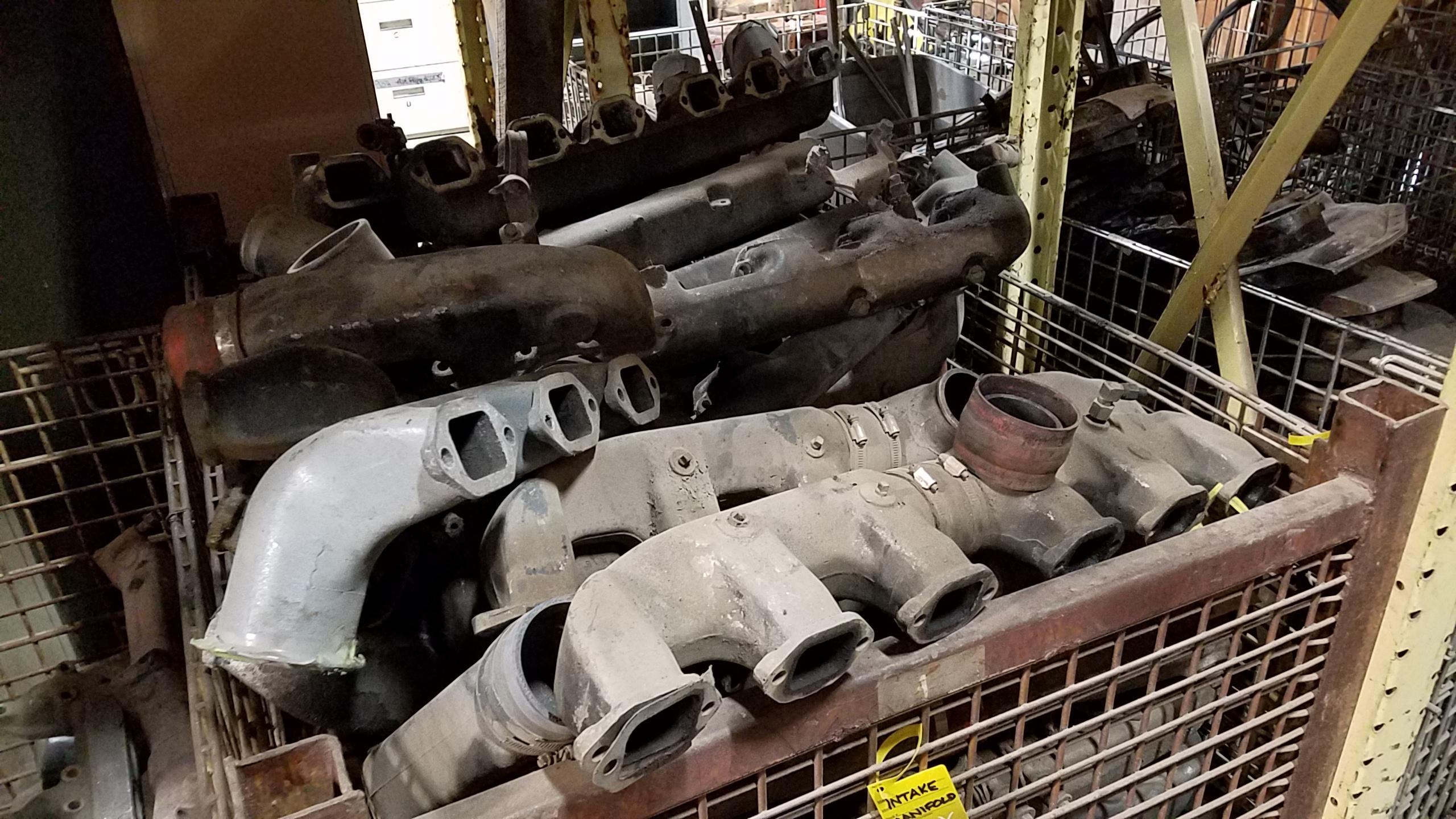 Mack Intake Manifolds