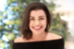 Elizabeth Headshot 2019.jpg