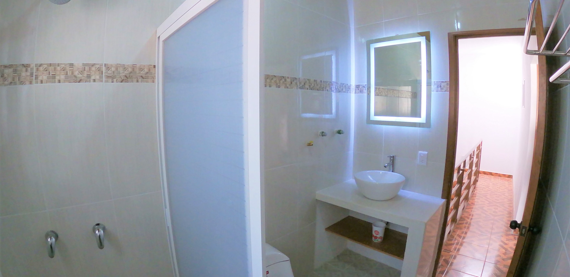 Second bathroom in third floor