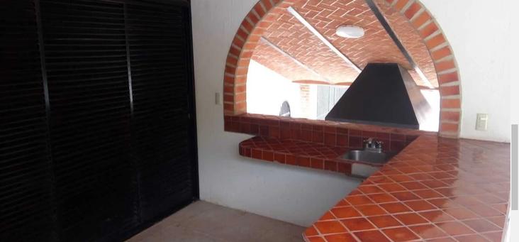 Ourtdoor kitchen area