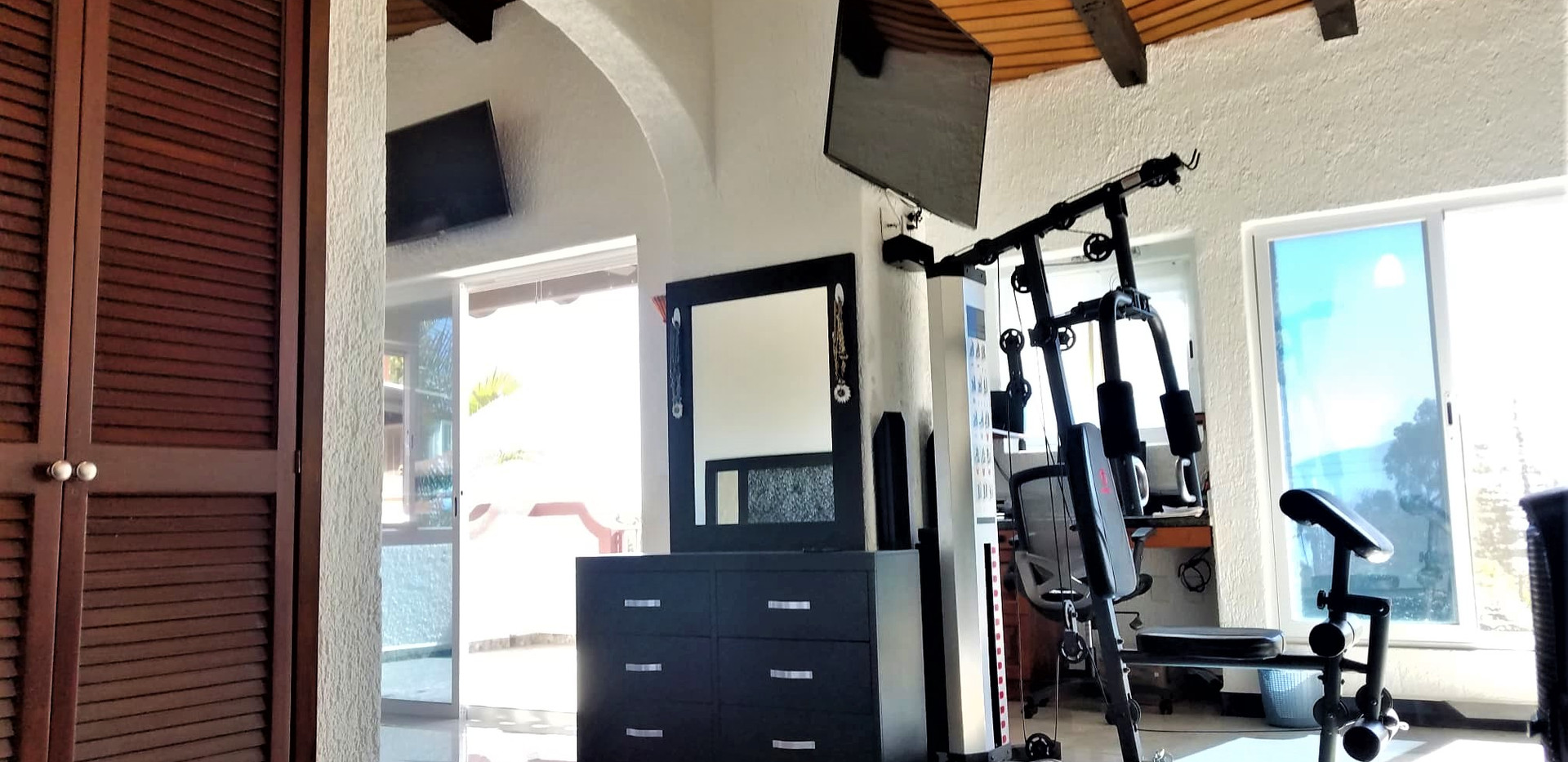 TV & Appliances on Master room.jpg