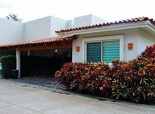 La reserva #34 house