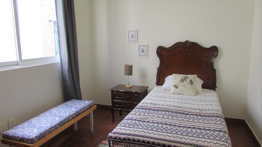 Single bed + furniture