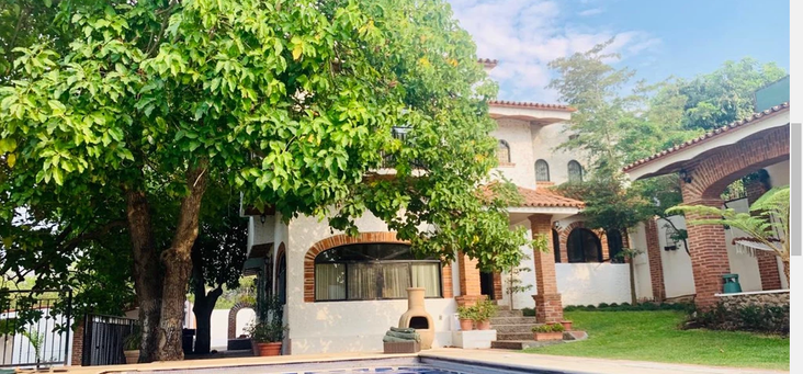 Hamacas House