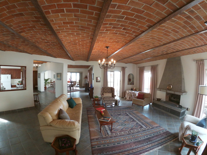 Main house- Spacious living room