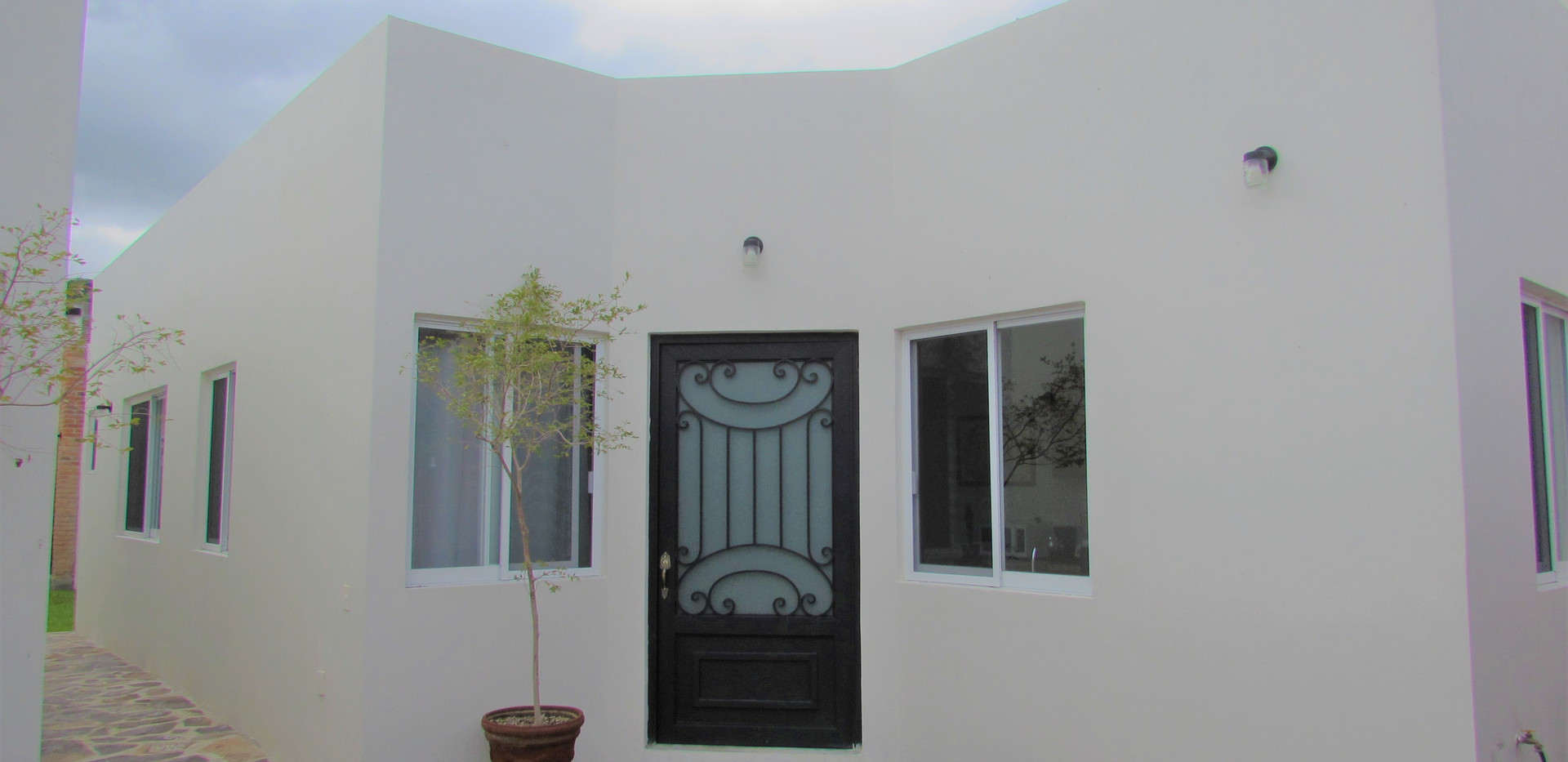 Front Apartment