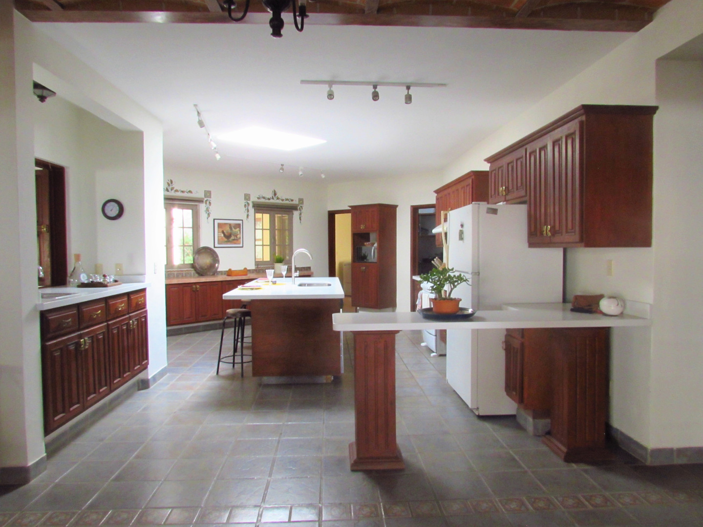 Main house- Fully equiped kitchen