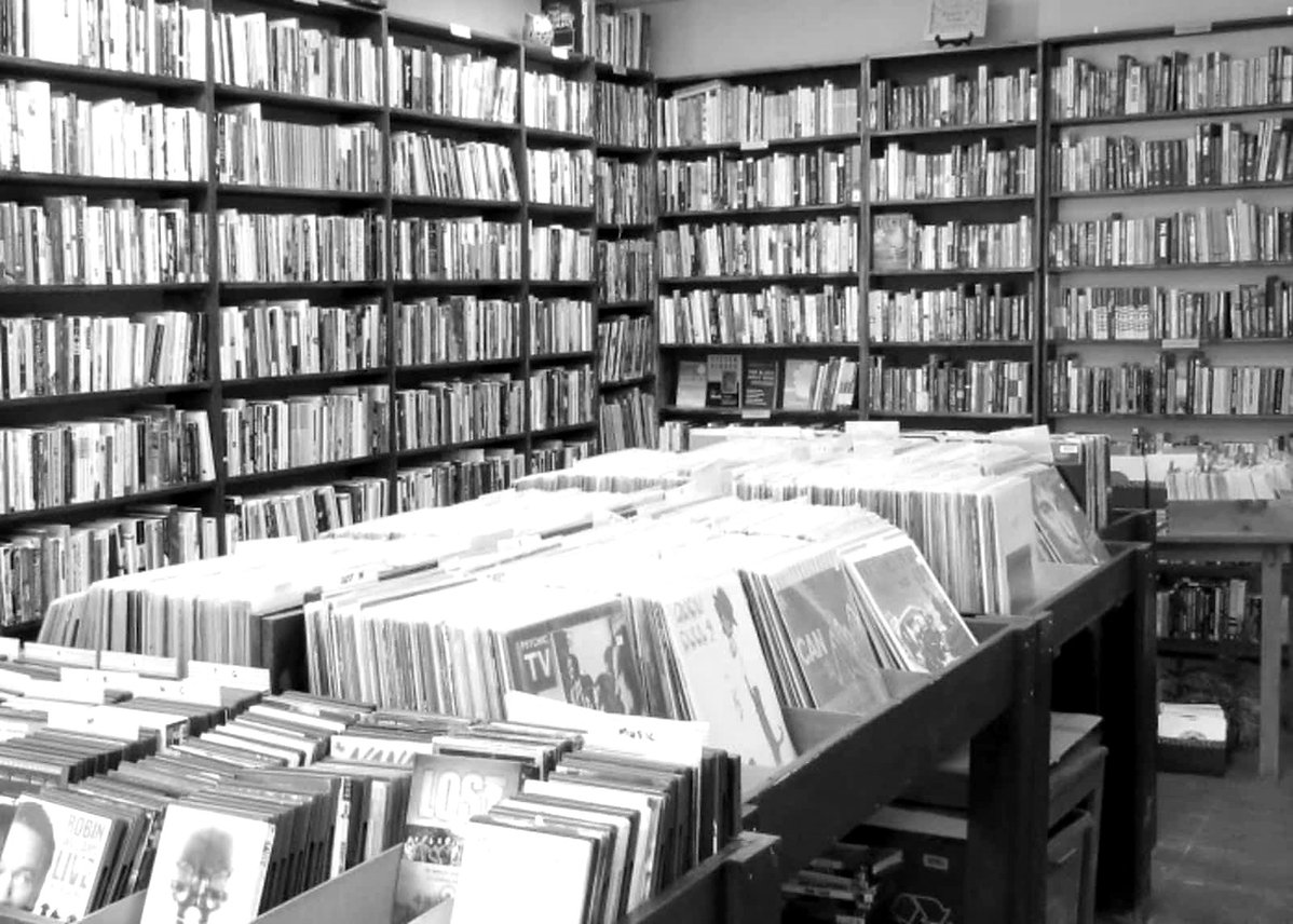 Stlvia Tella - Music Store