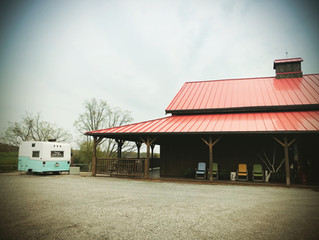 Armstrong Farms wedding with the Pittsburgh Camper Booth