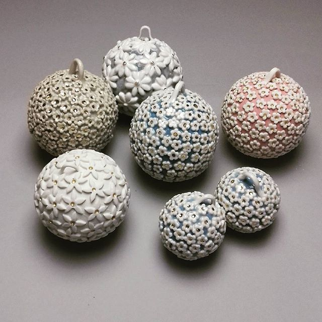 Some Christmas bling!! #handmadebaubles #christmasgifts #christmasdecorations #baubles #ceramicbaubl