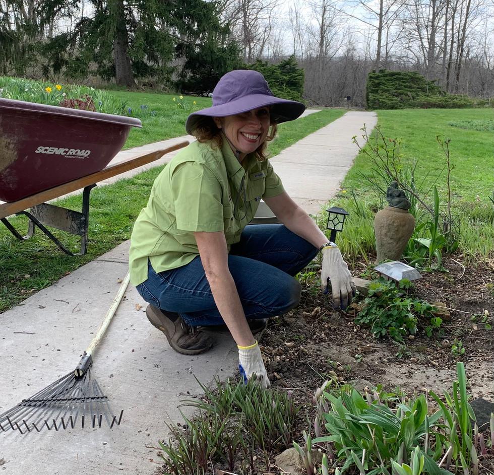 Another Gardening Expert Joins Atzinger Gardens