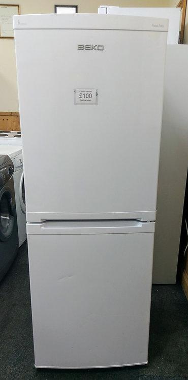 Beko CA5411FFW fridge freezer