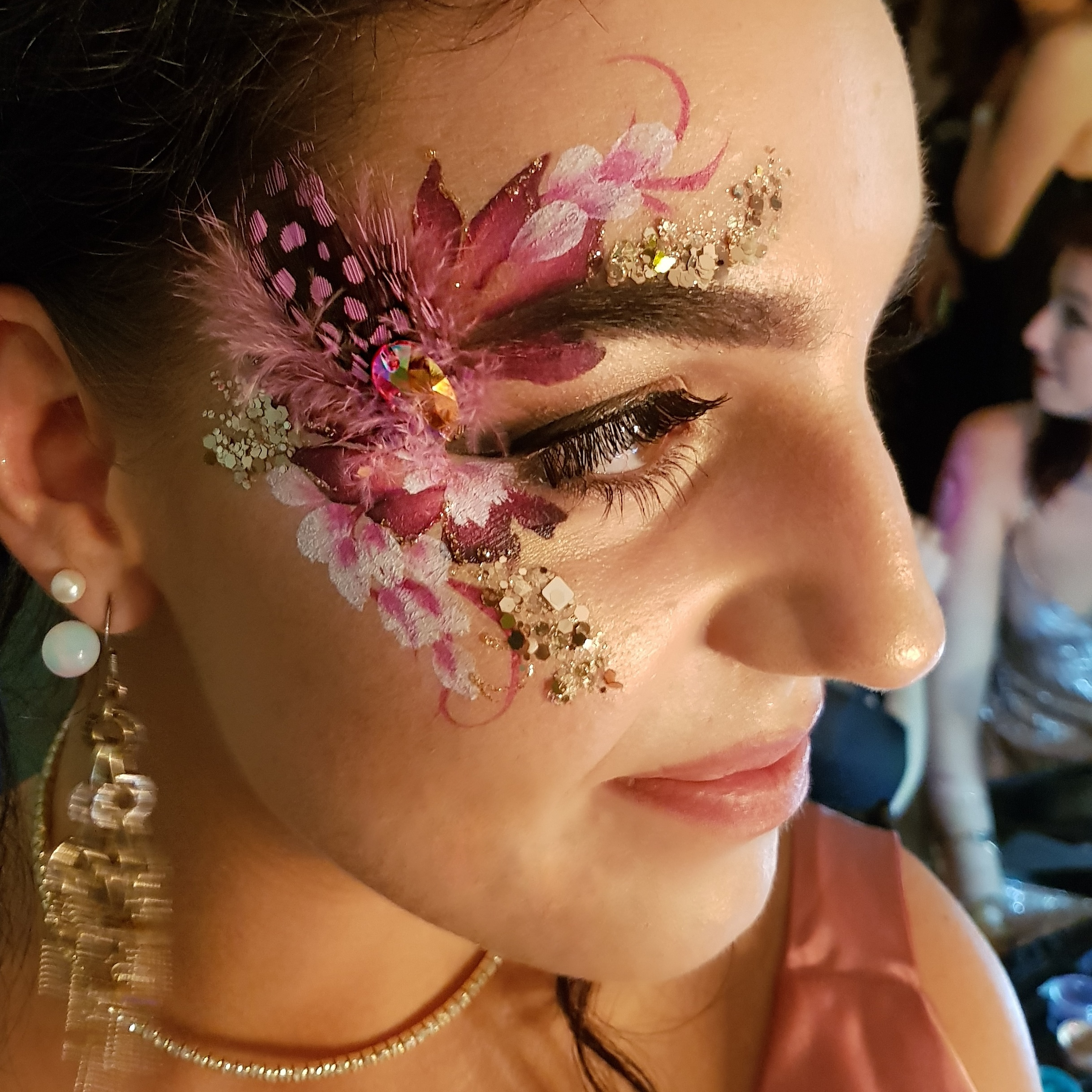 Glitz and petals eye design