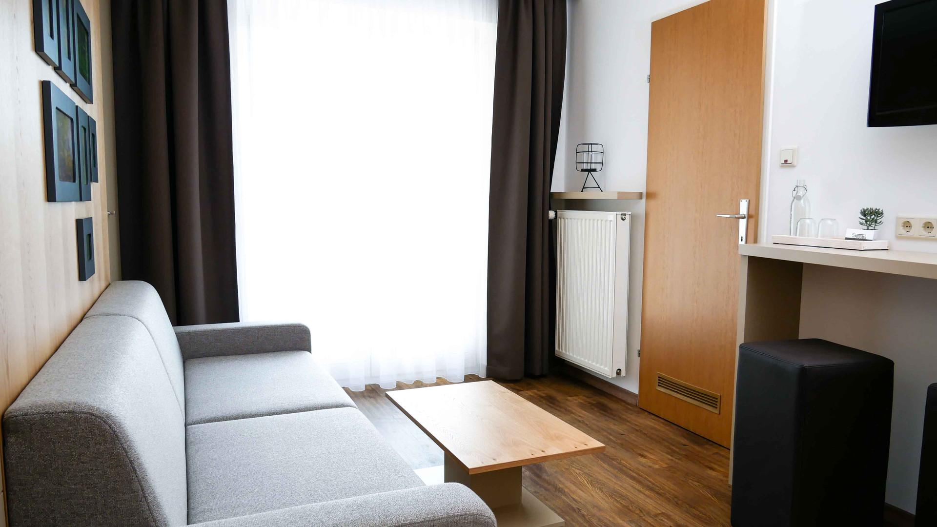 Room4 - Zimmer_3