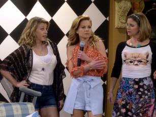 """Jodie Sweetin (""""Stephanie Tanner"""")  of """"Full House"""" wearing Chrysalis Studios&#3"""