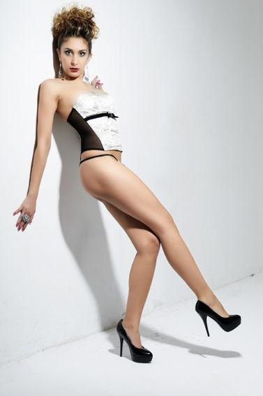 Laura Maria 13
