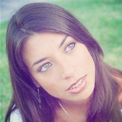 Lidia Peralta 5-Ojos