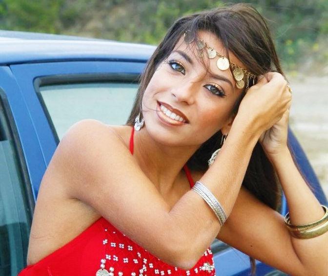 Lidia Peralta 7-Pelo