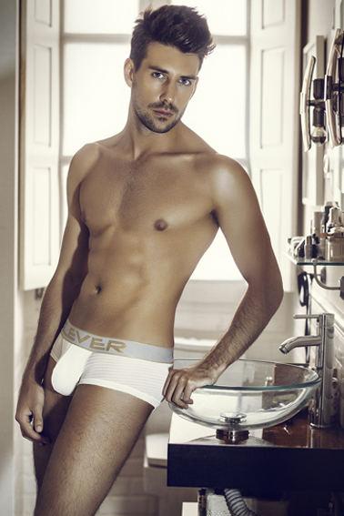 Anthony Lorca 3