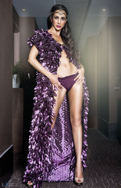 Claudine Ibarra 1-piernas