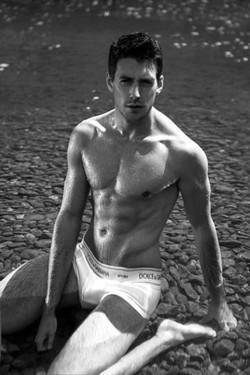 Anthony Lorca 7