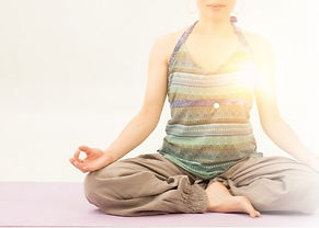 yogazyosei_edited_edited_edited.jpg
