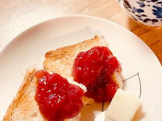 ヨガクラス休み時間に手作りのイチゴジャム♡優しい味♡旬の味