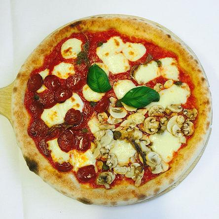 Quattro Stagioni pizza take away from Ca
