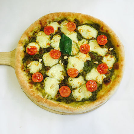 Pesto and Olives Pizza take away and del