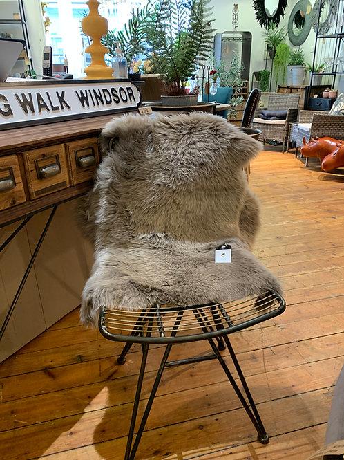 Large Vole Sheepskin 95cm