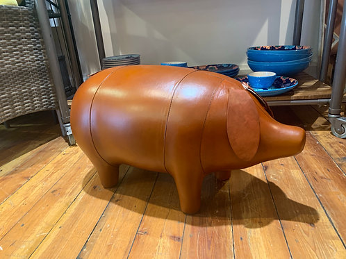 Leather pig foot stool