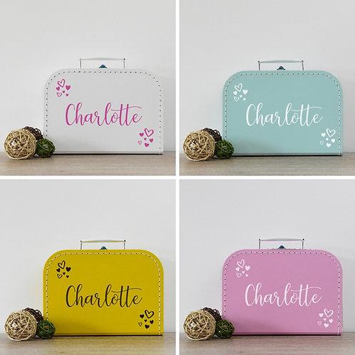 Koffertje met naam 'hearts' (gevuld met luiers)