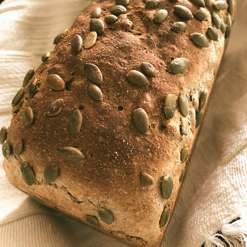 Kürbisbrot  かぼちゃの種いり田舎パン 500g