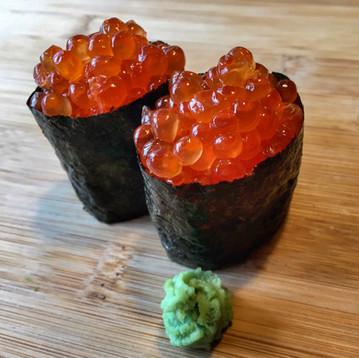 Red Salmon Caviar Gunkan
