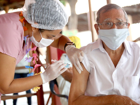 Vacinação em Fortaleza(Idosos D1 e D2/Prof Saúde D1) - 27/04/2021
