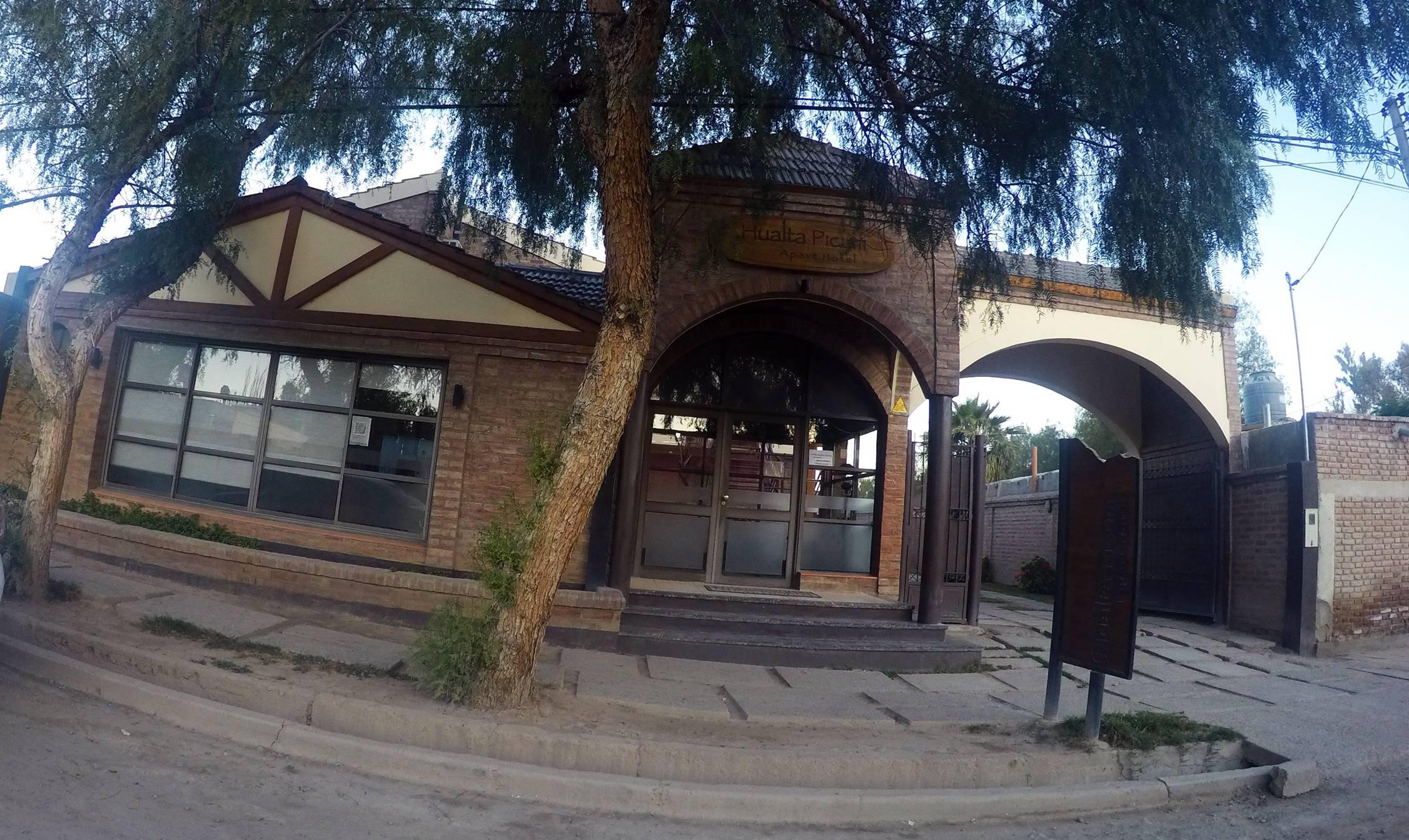Hualta Picum Apart Hotel Jachal