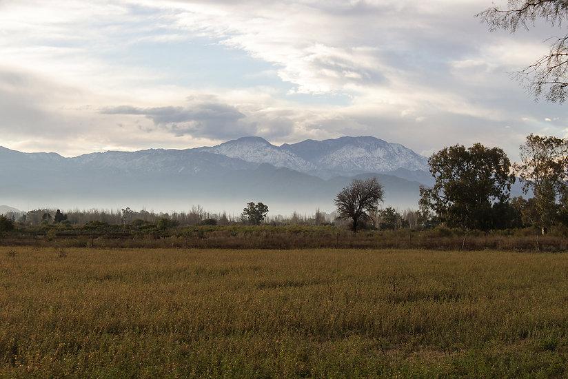 Paisaje jachallero, donde el horizonte está colmado por montañas