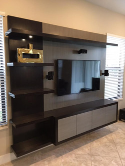 Custom Wall-Unit