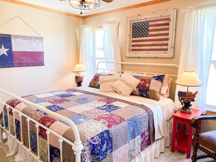 Lone Star Lodge - Master Bedroom