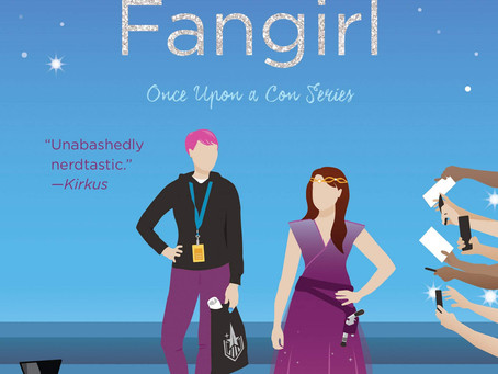 The Princess and the Fangirl by Ashley Poston | Book Review