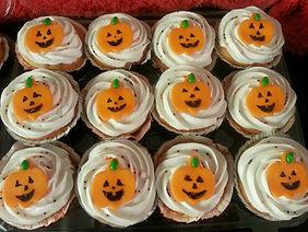 Halloween Happy Jack cupcakes 2013.jpg