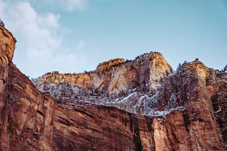 mountain ridges of Zion national park