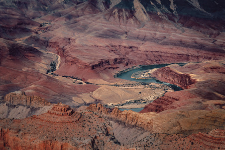 Looking inside the grand canyon river and red rocks